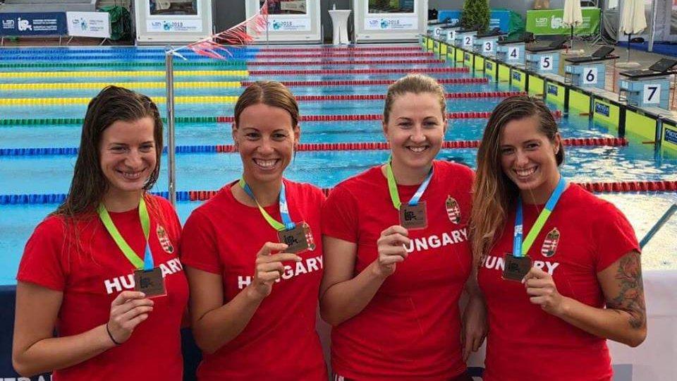 Eb-bronzérmesek a HSÚVC szenior úszói!
