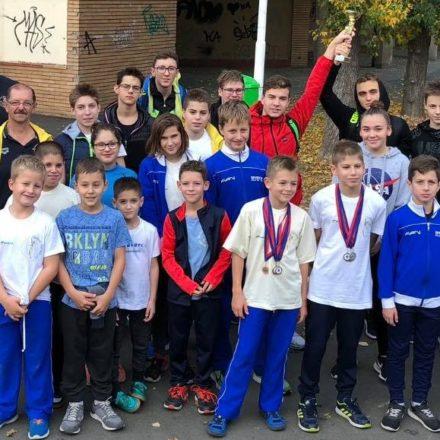 XX. Arad Kupa: 28 érem és 3. hely a csapatversenyben!